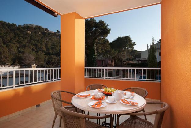 rent-an-apartment-with-pool-in-cala-san-vicente-mallorca