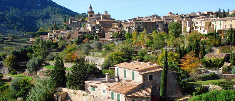Rent a villa mallorca for Valldemossa mallorca